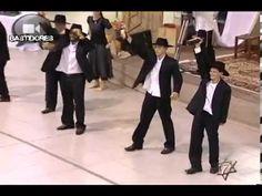 Pueblo Judio : Danza israelí, El violinista en el tejado - Fiddler on th...