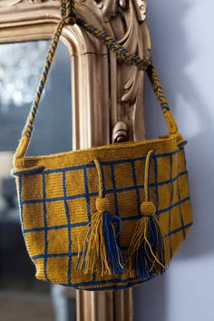 Decorate your life. With the AGATHA mustard bag. #bag #mustard