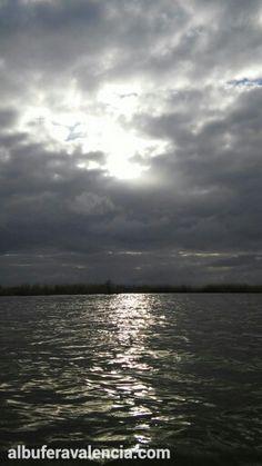 Albufera, atardecer con nubes.
