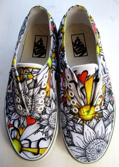 New painting canvas shoes diy white sneakers ideas Painted Canvas Shoes, Custom Painted Shoes, Painted Sneakers, Hand Painted Shoes, Custom Shoes, Custom Vans, Custom Sneakers, Pink Sneakers, Arte Sharpie