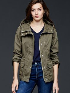 Gap Utility Hooded Jacket in new army green.