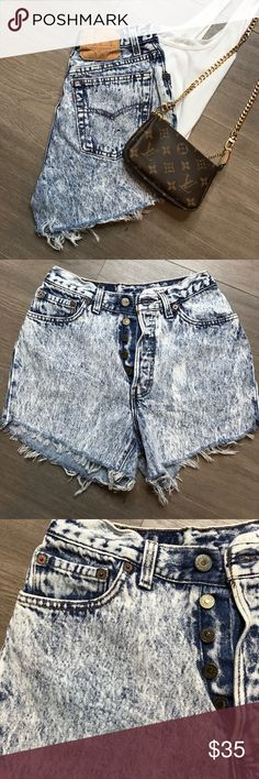 Vintage Levi's Highwaisted Cutoff Shorts Vintage Levi's Highwaisted Cutoff Shorts ▪️size 28 ▪️classic 5 button ▪️as seen on KKW & super trendy for summer. ▪️color: light wash blue ▪️no stains or marks. ▪️custom made cutoffs ▪️light distressing   Gently worn/Vintage  ➖➖➖➖➖➖➖➖➖➖➖➖➖L#12lw  NO TRADES ⚡️ BEST OFFER WELCOMED 💋 NO LOW BALLING 💄 NO RETURNS! Levi's Shorts Jean Shorts
