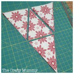 Mini Bunting Tutorial - The Crafty Mummy Fabric Garland, Bunting Garland, Fabric Bunting, Bunting Banner, Bunting Ideas, Fabric Banners, Pennant Banners, Buntings, Bunting Template