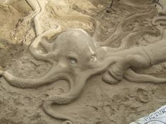 Animal-Shaped Sand Sculptures are Just Beachy - Urlesque