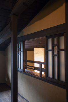 厨子二階の町家を活かしつつ「和」と「洋」が織り成す現代的な生活空間となるようにプランニングしています。