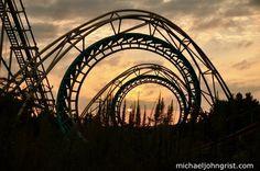 Abandoned roller coaster, Nara Dreamland Theme Park, Japan ...