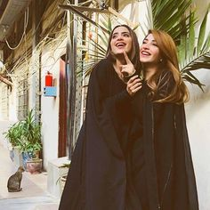 Saboor Ali and Kinza Hashmi on the sets of their upcoming project 🎬. Kinza Hashmi, Cute Attitude Quotes, Beauty P, Maya Ali, Pakistani Actress, Celebs, Celebrities, Happy Girls, Beauty Queens