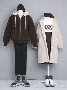 Korean Street Fashion, Korea Fashion, Vogue Fashion, Cute Fashion, Fashion Outfits, Clothes Mannequin, Matching Couple Outfits, Fashion Couple, Ulzzang Fashion