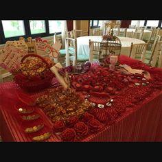 Kına gecesi sunum masası Baby Calendar, Tattoo Prices, Henna Night, Wedding Shower Decorations, Henna Body Art, Henna Party, Wedding Henna, 40th Birthday Parties, Henna Designs