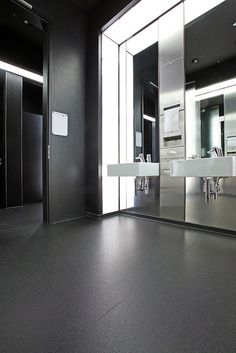This casino restroom proves that safety does not have to hinder on aesthetics. Altro Designer 25