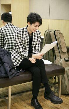 Yunhyeong - Exclusive photo prepare RE Kim Jinhwan, Chanwoo Ikon, Korean Bands, South Korean Boy Band, Yg Entertainment, Yg Ikon, Ikon Kpop, Ikon Songs, Ikon Member