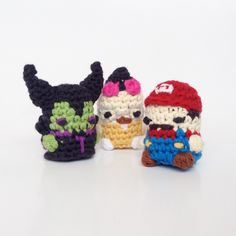 "Amigurumi  Technique:""splitting"" , split a row in half. To make things like hoodies and hat brims. Videotutorial here: http://www.louiesloops.com/2014/06/how-to-crochet-splitting.html"