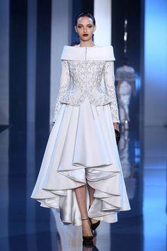 Ralph & Russo   Zouch & Lamare   www.zouchandlamare.com #hautecouture #fashionweek #paris #weddinggown #weddingdress #gown #dress #inspiration #autumnwinter #2014 #2015 #weddingplanner #luxury