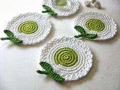 Super crochet flowers for hats embellishments ideas Crochet Kitchen, Crochet Home, Love Crochet, Irish Crochet, Crochet Crafts, Crochet Projects, Crochet Ornaments, Crochet Coaster Pattern, Crochet Motif