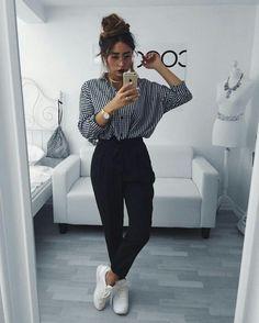 Camisa estilo social + calça clochard + tênis