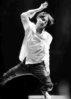#KAI #EXO He fails to be so graceful whilst dancing