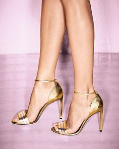 NEW $695 Gucci Cara Metallic Web-Effect Sandals Gold/Silver Size 38 US 8 #Gucci #PumpsClassics  What a great holiday buy