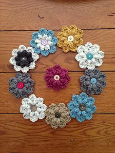 A FREE Ravelry Pattern Download: Autumn Berry Flower pattern by Jenny Dickens