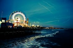 Santa Monica Ferris Wheel via kingstonphoto.storenvy.com