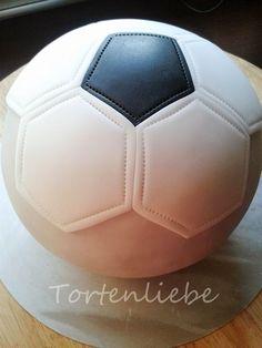 Tortenliebe .... mein süßes Hobby: Fußball Tutorial