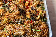 sheet pan chow mein – smitten kitchen Vegetarian Stir Fry, Vegetarian Cooking, Vegetarian Recipes, Cooking Recipes, Vegetable Recipes, Vegetarian Dinners, Savoury Recipes, Healthy Recipes, Easy Cooking
