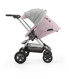 The Smart Urban Stroller Stokke Scoot – With reclining two-way seat and compact folding design, Stokke® Scoot is the smart and ideal solution for a smooth ride around the city and for traveling.