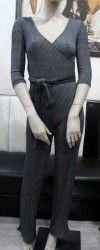 Tmavosivý nohavicový overál s dlhým rukávom