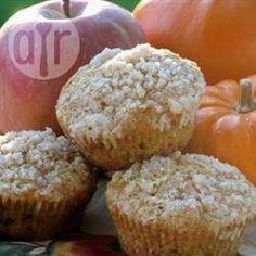 Pumpkin Apple Streusel Muffins – 31 Days of Fall Flavors Recipe Apple Streusel, Streusel Topping, Pumpkin Pie Spice, Pumpkin Puree, Muffin Recipes, Bread Recipes, Brunch, Pumpkin Recipes, Sweet Treats