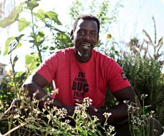 Ron Finley, guerilla gardener of South Central LA, awarded 'Natural American Heroes' award from Natural News