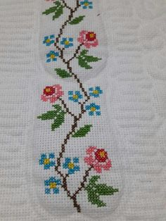This Pin was discovered by HUZ Cross Stitch Beginner, Small Cross Stitch, Cross Stitch Letters, Beaded Cross Stitch, Cross Stitch Borders, Cross Stitch Rose, Cross Stitch Samplers, Cross Stitch Flowers, Modern Cross Stitch