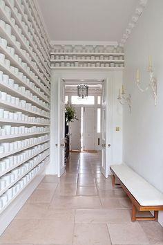 White room Ideas - modern white living room, bedroom, kitchen, hallway and bathroom decoration ideas. Hallway Wall Decor, Hallway Walls, Hallway Furniture, Hallway Decorating, Hallway Ideas, Hallways, Wall Ideas, Decorating Ideas, Decor Ideas