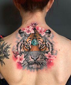 Back Tattoo, I Tattoo, Cool Tattoos, Tatoos, Colour Tattoo, Realism Tattoo, Ink Art, Sleeve Tattoos, Tattoo Artists