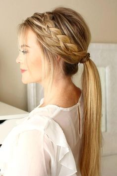 From the perky high ponytail to the trusty low ponytail to the ever-stylish braided ponytail, cute ponytail hairstyles are a dime a dozen. Find inspiration in these gorgeous and doable ponytail hairstyles. Cute Ponytail Hairstyles, Easy Hairstyles, Wedding Hairstyles, Cute Ponytails, School Hairstyles, Braids Into Ponytail, Southern Hairstyles, Date Night Hairstyles, Pretty Braided Hairstyles