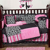 We're gonna do a round crib, but with this bedding altered!