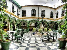 http://turismo.cabra.eu/quevisitar.html