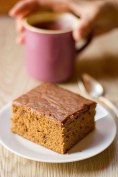 Ginger (Vegan) Cake - Torta Vegana Speziata - In Cucina con Me Raw Vegan Desserts, Vegan Cake, Vegan Treats, Vegan Dishes, Raw Food Recipes, Sweet Recipes, Delicious Desserts, Dessert Recipes, Biscotti