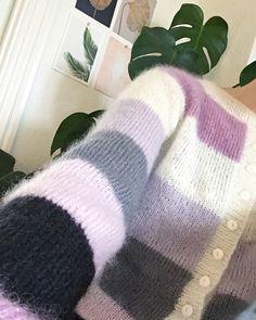 Min kære mor har strikket noget ret så fint til mig 🍬 #sorbetcardigan @bodilrands Sorbet, Mohair Sweater, Sweater Cardigan, Leg Warmers, Cardigans, Sweaters, Knitwear, Knitting Patterns, Diy And Crafts