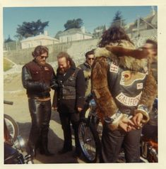 """Terry the Tramp chilling in his mink """"foul weather"""" jacket. Biker Clubs, Motorcycle Clubs, Baggers, Choppers, Audi Tt, Ford Gt, Volvo, Peugeot, Sonny Barger"""