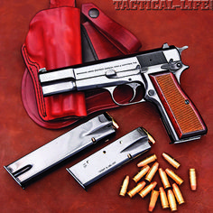 BROWNING HI-POWER STANDARD 9mm: Age and elegance that continues to stand the test of time.