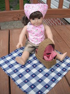 FunThreads Designs: 18-inch Doll Sets Page 1  Picnic Accessories  11/8/11   Bandana, Picnic basket with liner and Picnic blanket.