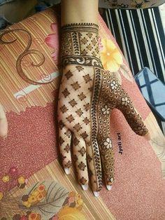 #Hennaart #hennadesign #latesthenna #mehndi