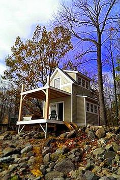 This two story, one bedroom charmer built on Butler Island incorporates the beauty of tiny house living.