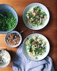 1,180 отметок «Нравится», 20 комментариев — Sarah Neuendorf (@gretasschwester) в Instagram: «Dinner #israelcooking #foodie #homemade»
