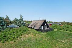 Bist du auf der Suche nach einem Ferienhaus in Hvide Sande? Buche dieses tolle Qualitätsferienhaus bei Esmark. Preise ab €228. Beginne die Ferien hier →