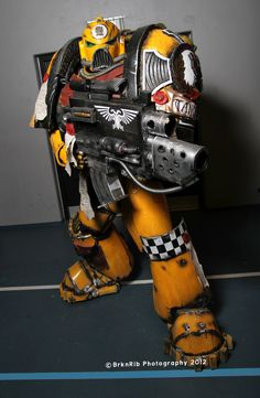 Tancred: Imperial Fist Space Marine from Warhammer in Otaku House Cosplay Idol 2012 Cool Costumes, Adult Costumes, Cosplay Costumes, Costume Ideas, Epic Cosplay, Awesome Cosplay, Cosplay Ideas, Imperial Fist, Steampunk Cosplay