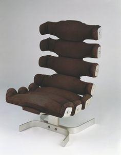 Chair by iconic Brazilian Architect Oscar Niemeyer, via http://www.pinterest.com/sushmabuildtech/boards/