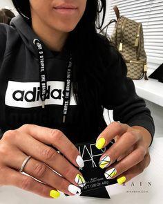 20 current trends of very beautiful nail design 2019 37 Gold Gel Nails, Summer Acrylic Nails, Cute Acrylic Nails, Nail Manicure, Dope Nails, Swag Nails, Stylish Nails, Trendy Nails, Geometric Nail