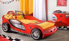 Lits en forme de voitures de course pour les chambres denfant ~ Décor de Maison / Décoration Chambre