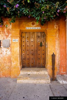 Door in the center of Cartagena. Panama Canal, Panama City Panama, Fachada Colonial, Cool Doors, Cruise Destinations, Paradise On Earth, Tropical Houses, Beautiful Architecture, Adventure Is Out There