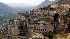 Being a Royal state, Rajasthan has a number of classic forts and monuments. Rajasthan had witnessed a history Rajahs and Maharajahs who left their signs and evidences. These monuments in Rajasthan are known for their stunning architectural beauty and attract tourists from all over the world.